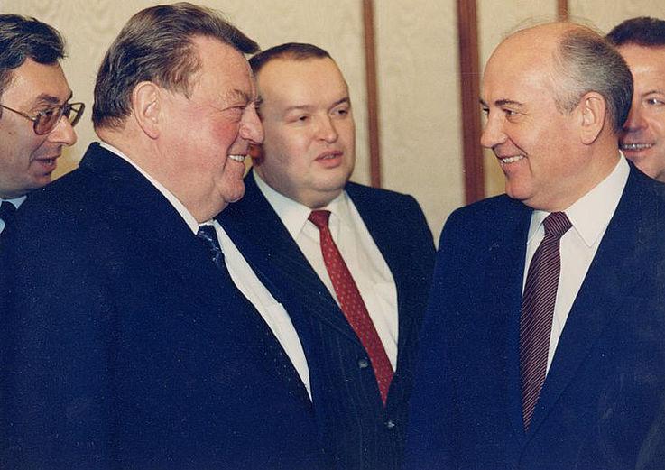 Franz Josef Strauß mit Michail Gorbatschow 1987