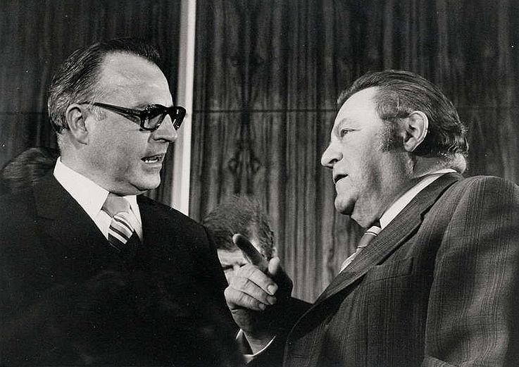 Die Parteivorsitzenden von CDU und CSU Helmut Kohl und Franz Josef Strauß 1974