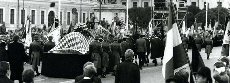Trauerzug auf der Ludwigstraße am 7.10.1988