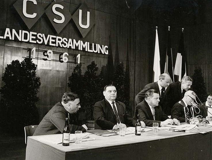 Franz Josef Strauß auf der Landesversammlung der CSU am 18. März 1961 in München