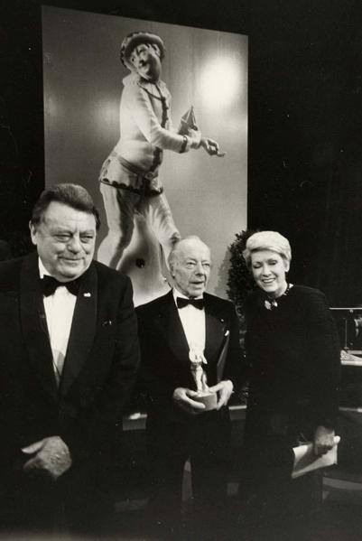 Verleihung des Bayerischen Filmpreises 1987 an Heinz Rühmann und Ruth Leuwerik