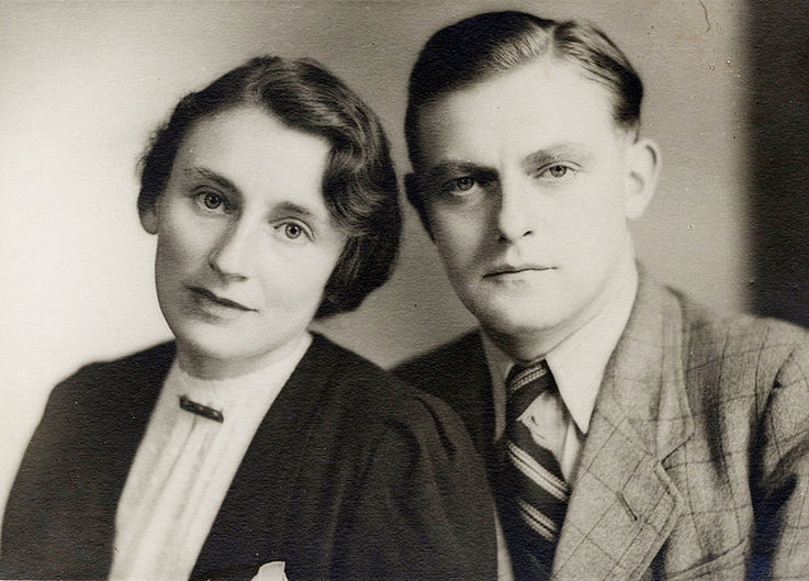 Mit seiner Schwester Maria ca. 1940/49
