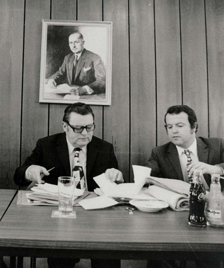 Mit Generalsekretär Gerold Tandler in der CSU-Landesleitung ca. 1974