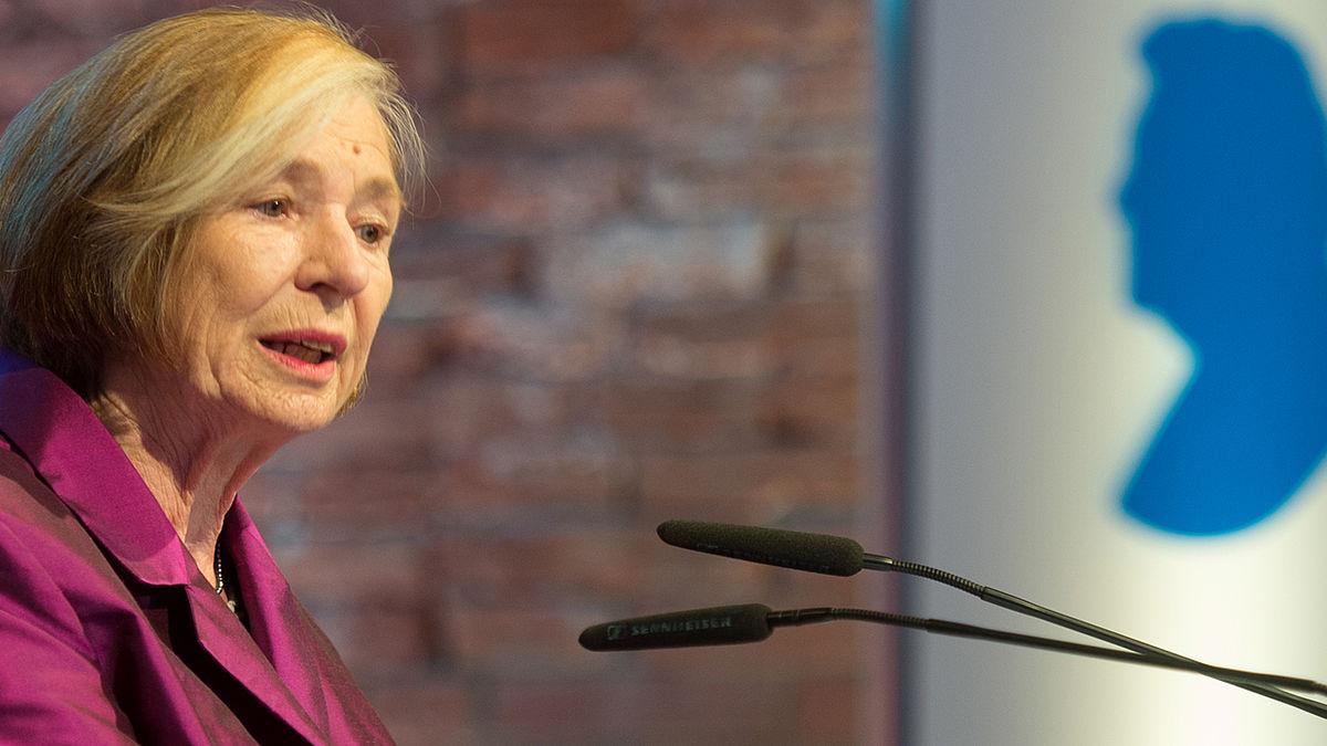 Die Vorsitzende der Hanns-Seidel-Stiftung, Prof. Ursula Männle, bei Ihrer Rede in der Allerheiligen-Hofkirche