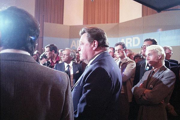 In Erwartung des Wahlergebnisses: Wahlparty im Bayerischen Landtag, Landtagswahl 1982