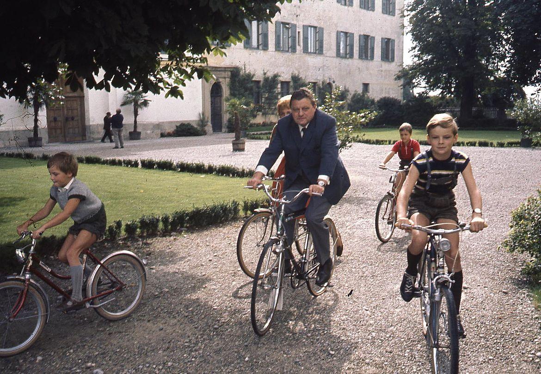 Familie Strauß in den 1960er-Jahren in Rott am Inn