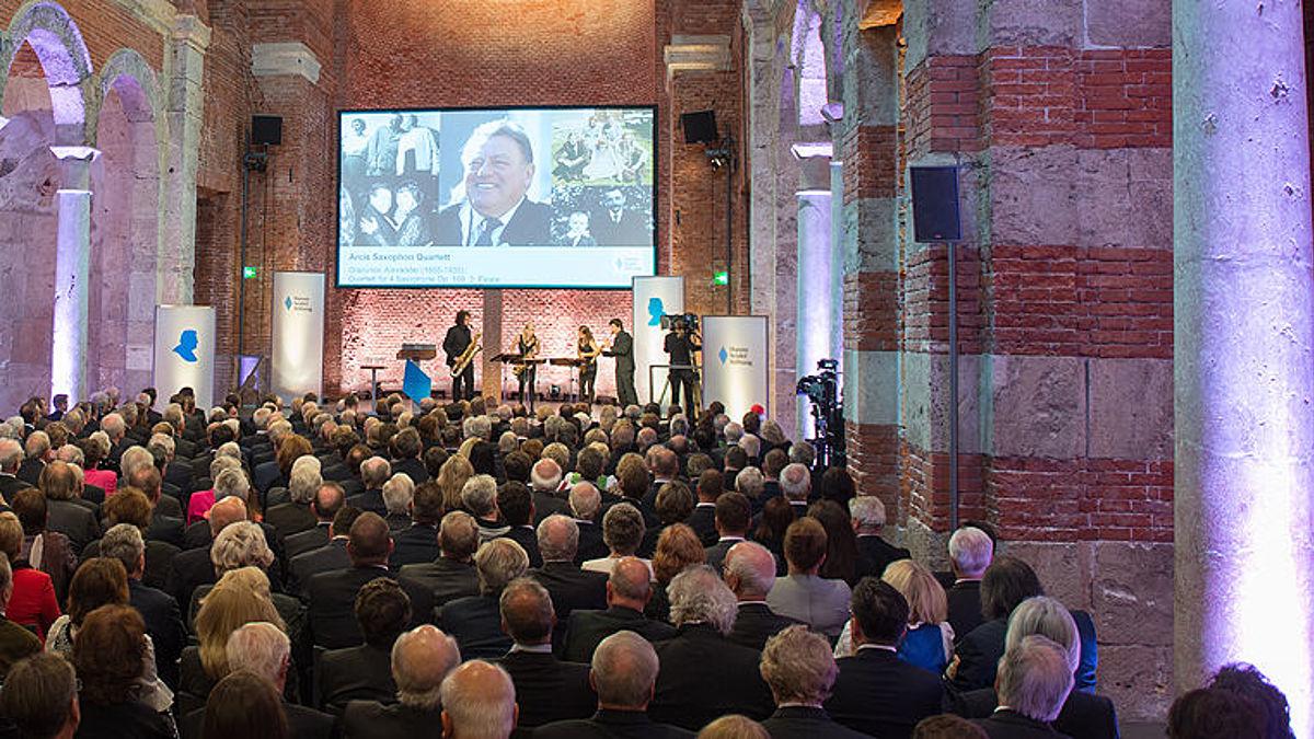 Festakt in der Allerheiligen-Hofkirche