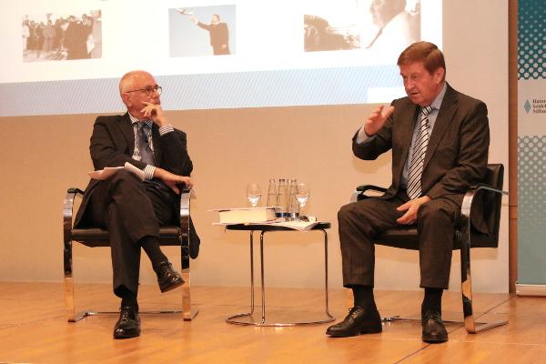 Wolfgang Piller (li.) und Otto Wiesheu im Gespräch
